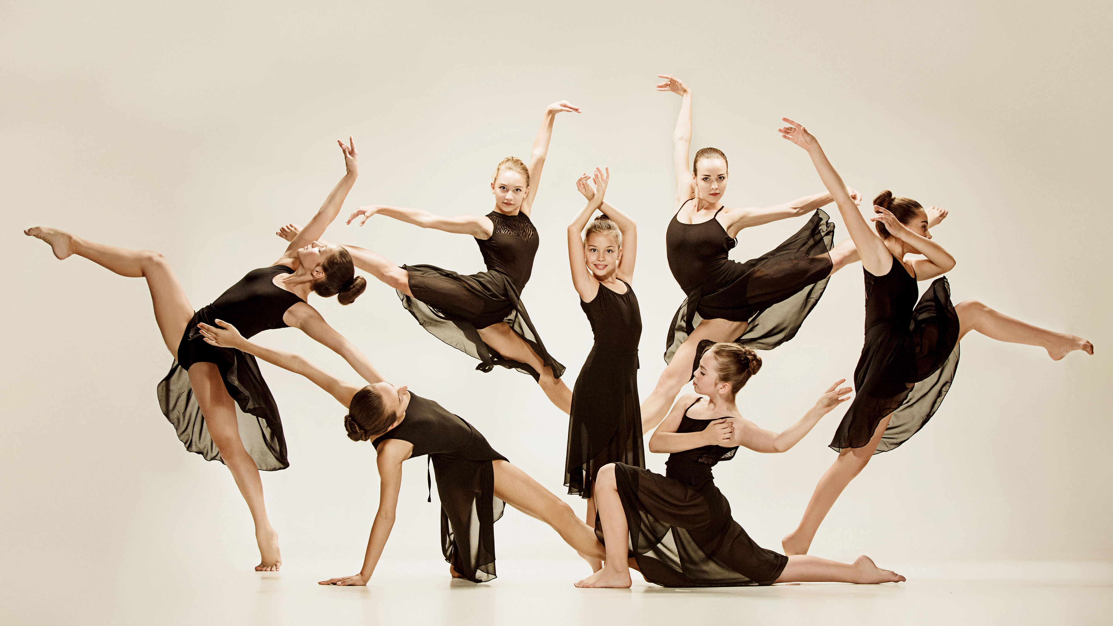 Federdanza Calendario.Calendario Promodanza Maestri Nella Promozione Della Danza